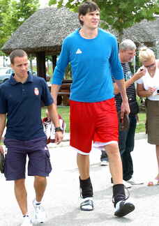 Boban - Tall Guys Free
