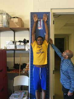 6'9 Taeyon Neal has 9-foot reach, 7-foot wingspa