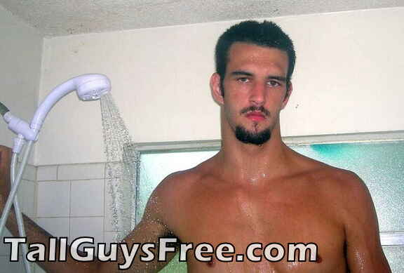 Giant tries to shower