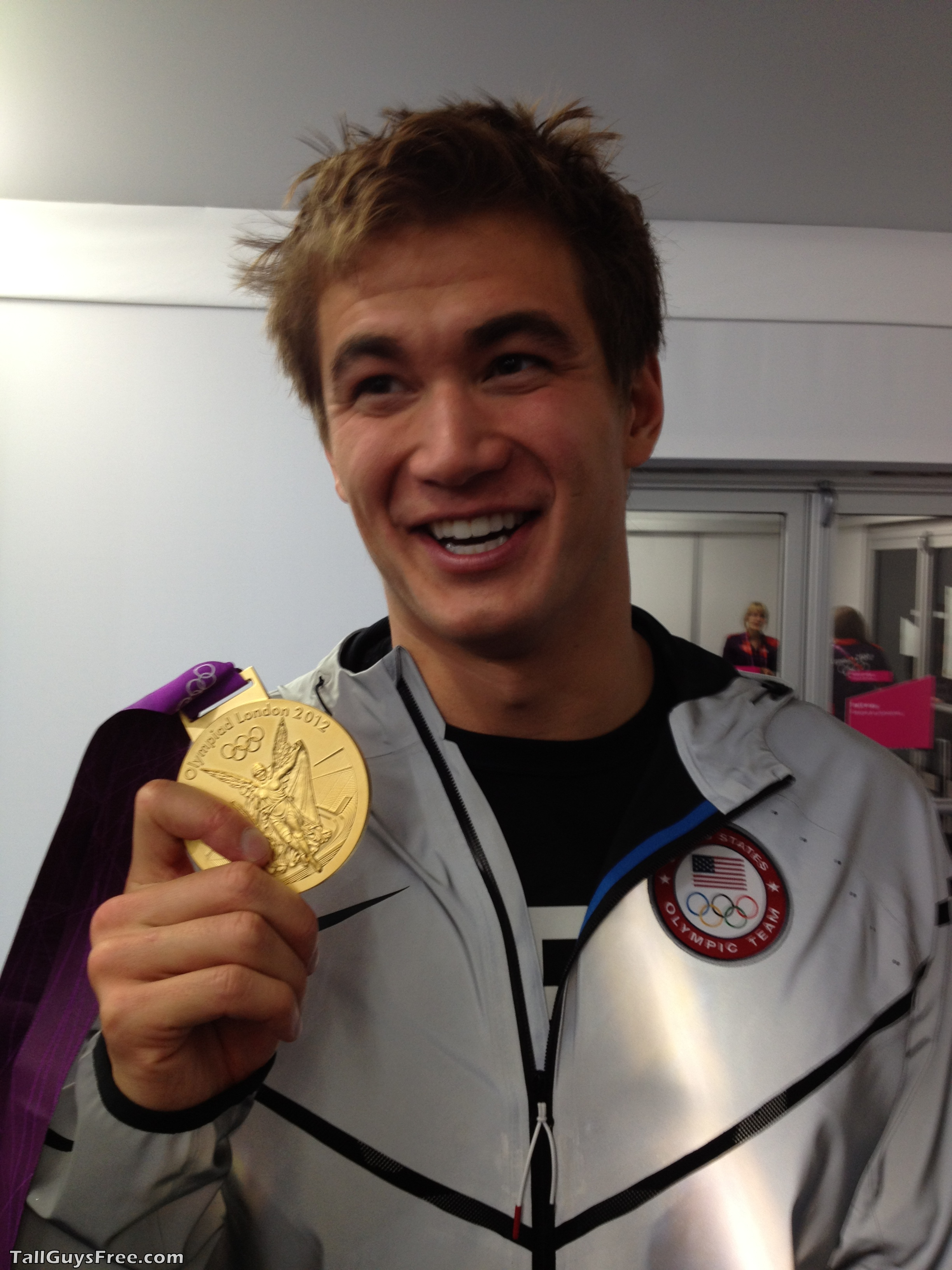 What Is Nathan Adrian S Shoe Size