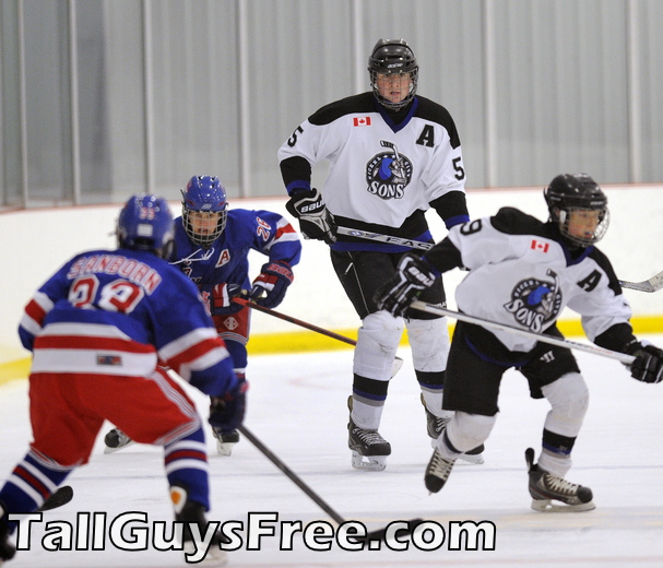 Ethan Lavallee - tall hockey player