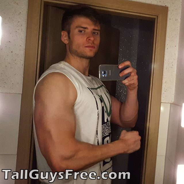 Door muscle giant