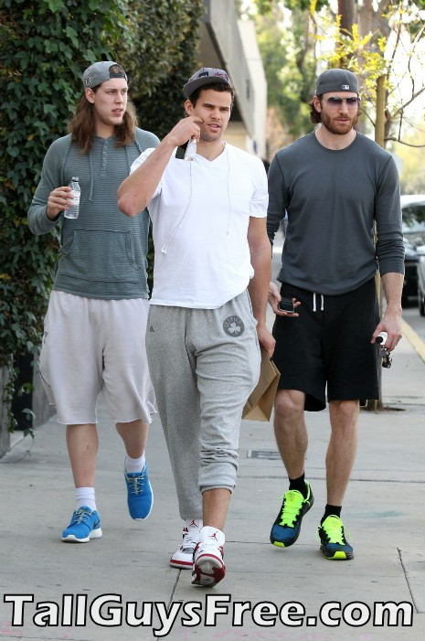 TRIPLE TOWERS - Kelly Olynyk, Kris Humphries, Peter Cornell