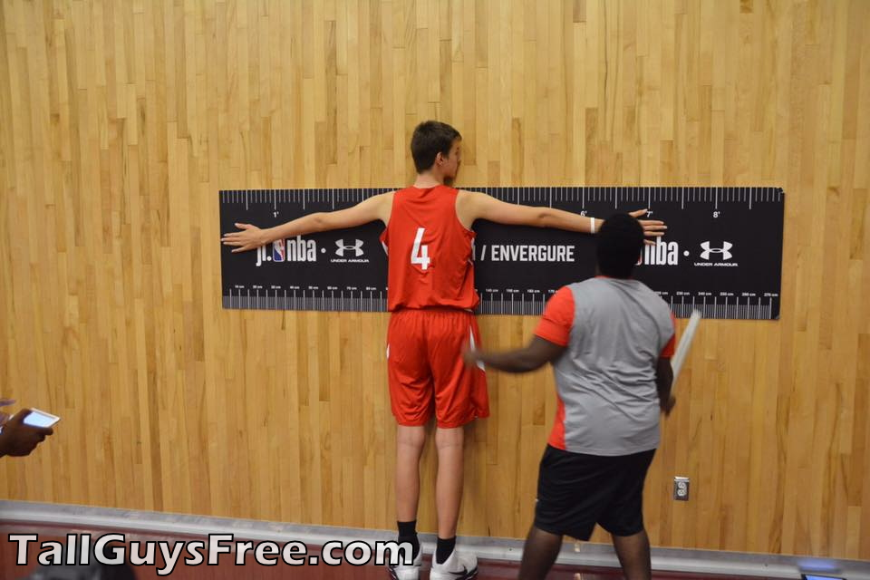 Olivier Rioux   7 1/4 wingspan